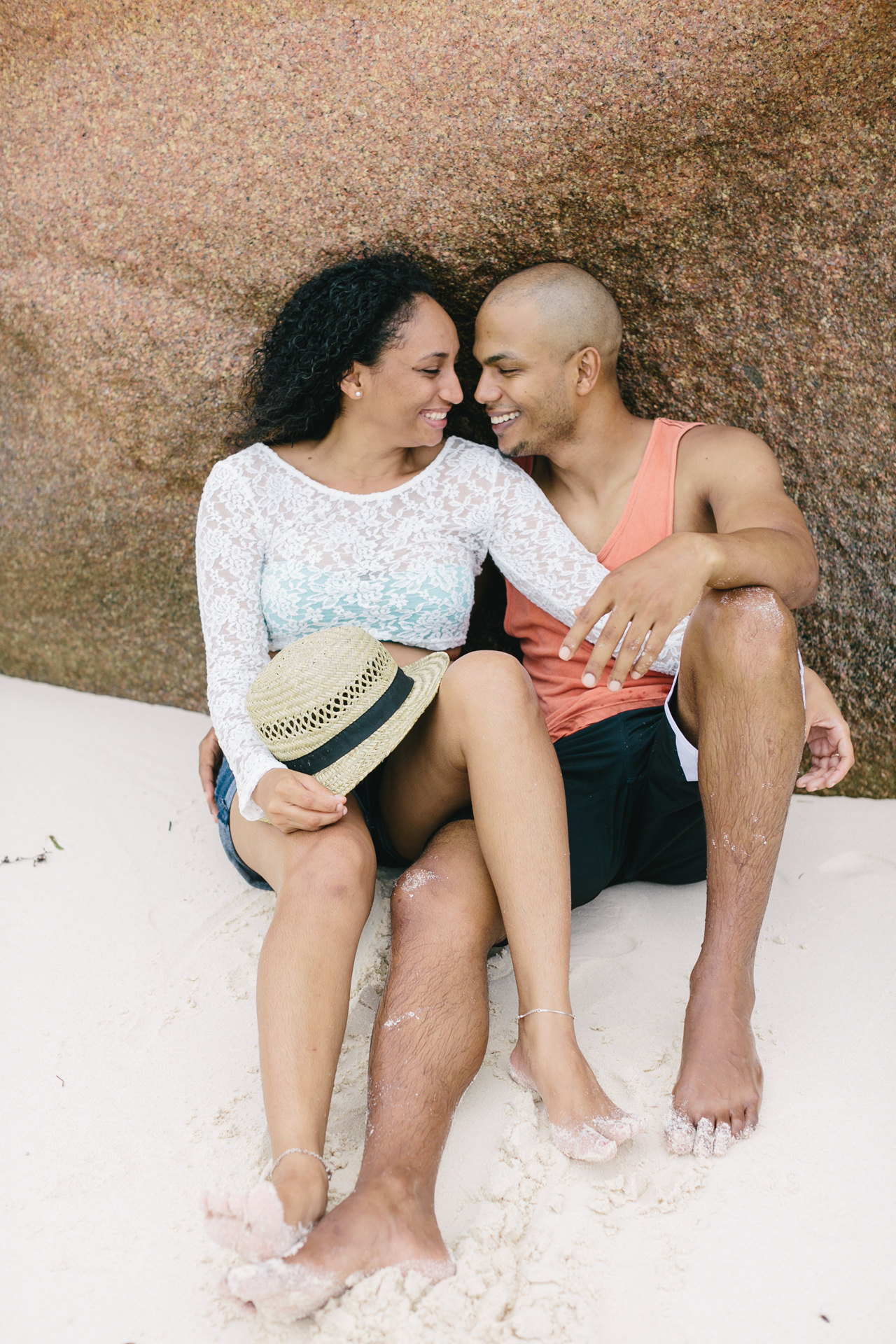 Seychelles_LaDigue_Couple_002.jpg