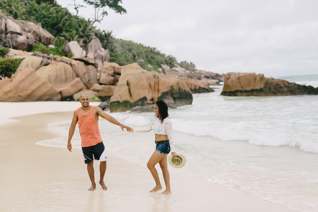 Seychelles_LaDigue_Couple_009.jpg