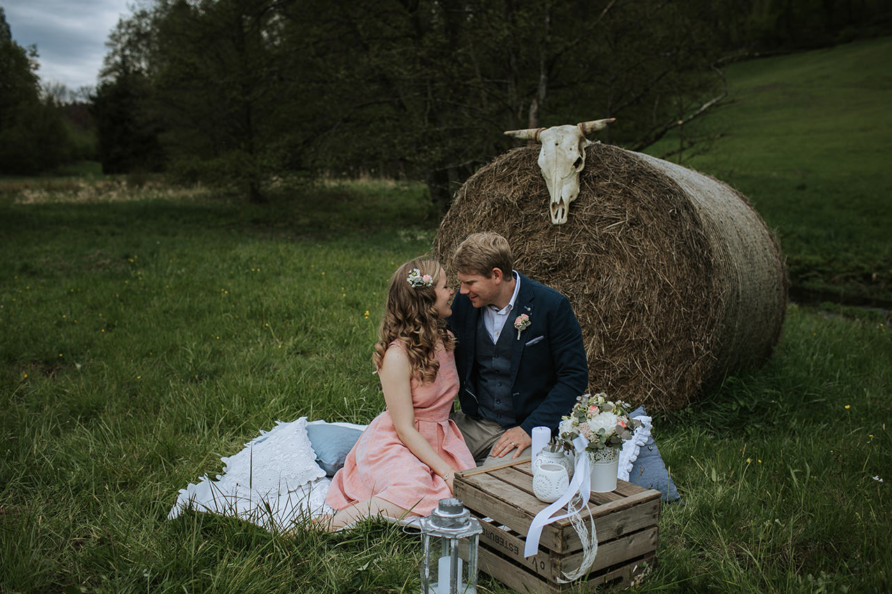 Elopement_Picknick_Bad_Herrenalb_013.jpg