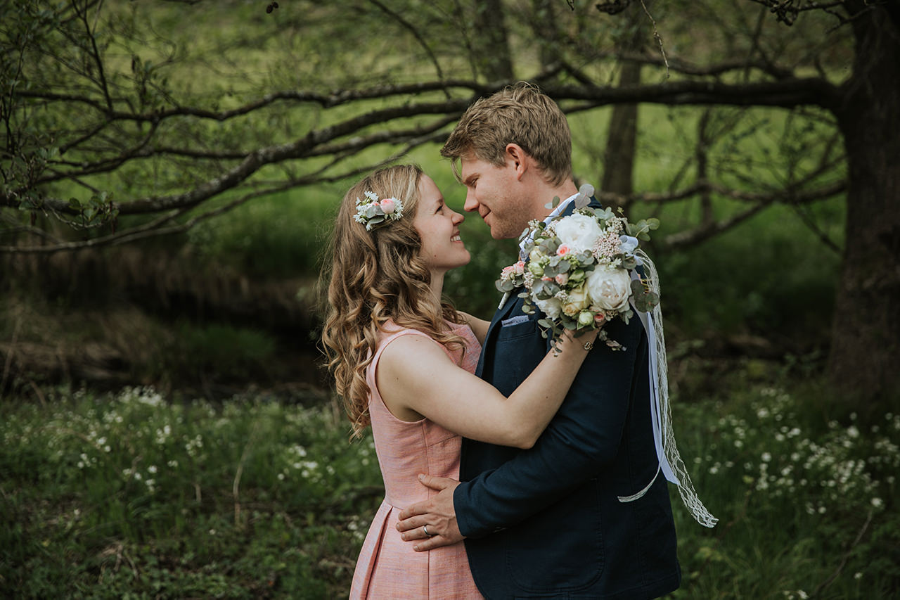 Elopement_Picknick_Bad_Herrenalb_020.jpg