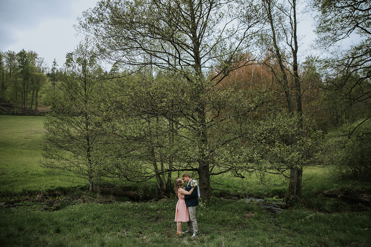 Elopement_Picknick_Bad_Herrenalb_025.jpg