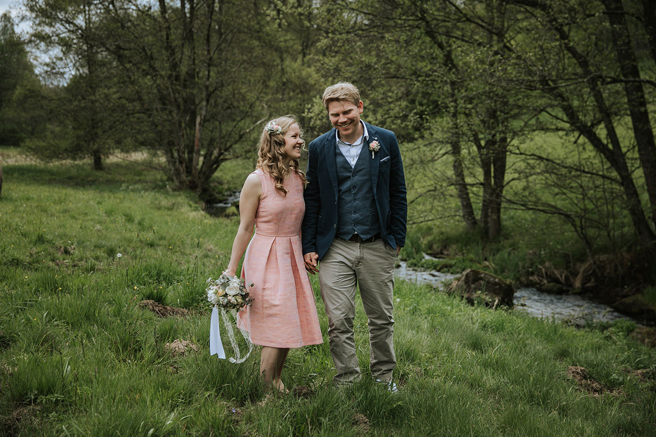 Elopement_Picknick_Bad_Herrenalb_034.jpg
